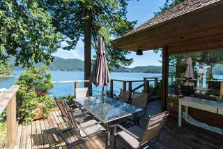 Photo 9: 5451 INDIAN RIVER Drive in North Vancouver: Woodlands-Sunshine-Cascade House for sale : MLS®# R2499054