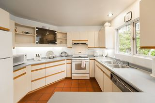 Photo 7: 5451 INDIAN RIVER Drive in North Vancouver: Woodlands-Sunshine-Cascade House for sale : MLS®# R2499054