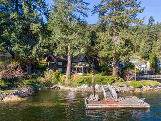 Main Photo: 5451 INDIAN RIVER Drive in North Vancouver: Woodlands-Sunshine-Cascade House for sale : MLS®# R2499054