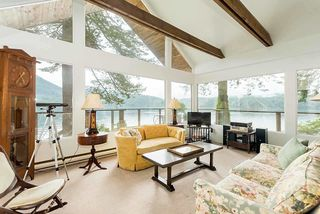 Photo 13: 5451 INDIAN RIVER Drive in North Vancouver: Woodlands-Sunshine-Cascade House for sale : MLS®# R2499054