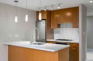 """Photo 7: 509 2982 BURLINGTON Drive in Coquitlam: North Coquitlam Condo for sale in """"EDGEMONT"""" : MLS®# R2510180"""
