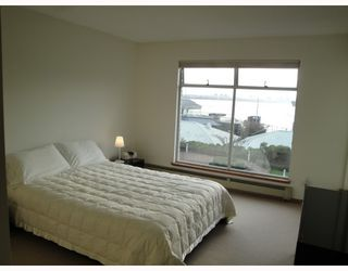 "Photo 7: 2302 33 CHESTERFIELD Place in North Vancouver: Lower Lonsdale Condo for sale in ""Harbourview Park"" : MLS®# V805953"