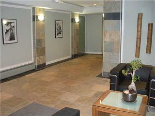 """Photo 10: 104 349 E 6TH Avenue in Vancouver: Mount Pleasant VE Condo for sale in """"LANDMARK HOUSE"""" (Vancouver East)  : MLS®# V857441"""