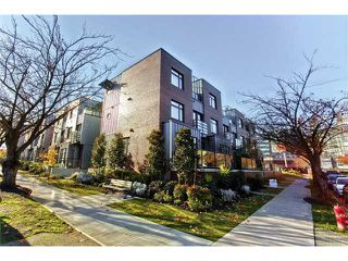 """Photo 1: 458 E 11TH Avenue in Vancouver: Mount Pleasant VE Townhouse for sale in """"THE BLOCK"""" (Vancouver East)  : MLS®# V858188"""