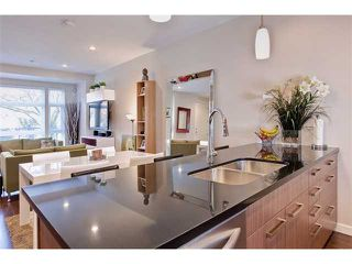 """Photo 2: 458 E 11TH Avenue in Vancouver: Mount Pleasant VE Townhouse for sale in """"THE BLOCK"""" (Vancouver East)  : MLS®# V858188"""