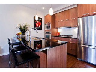 """Photo 3: 458 E 11TH Avenue in Vancouver: Mount Pleasant VE Townhouse for sale in """"THE BLOCK"""" (Vancouver East)  : MLS®# V858188"""