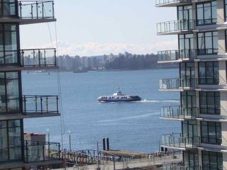 Photo 5: 703 188 E ESPLANADE Street in North Vancouver: Lower Lonsdale Condo for sale : MLS®# V859653