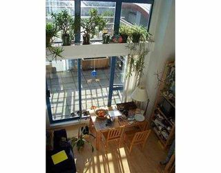 """Photo 1: 401 1238 SEYMOUR ST in Vancouver: Downtown VW Condo for sale in """"SPACE"""" (Vancouver West)  : MLS®# V582943"""