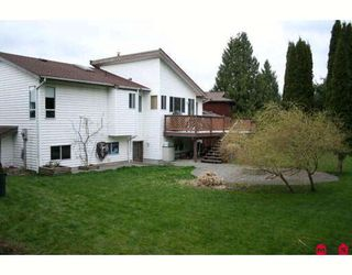 """Photo 7: 34604 SEMLIN Place in Abbotsford: Abbotsford East House for sale in """"BATEMAN"""" : MLS®# F2907577"""