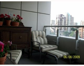 """Photo 8: 1508 1500 HORNBY Street in Vancouver: False Creek North Condo for sale in """"888 BEACH"""" (Vancouver West)  : MLS®# V771057"""
