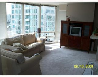 """Photo 2: 1508 1500 HORNBY Street in Vancouver: False Creek North Condo for sale in """"888 BEACH"""" (Vancouver West)  : MLS®# V771057"""