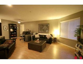 "Photo 3: 213 5759 GLOVER Road in Langley: Langley City Condo for sale in ""COLLEGE COURT"" : MLS®# F2915543"