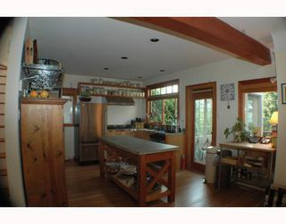 Photo 4: 3929 W 22ND Avenue in Vancouver: Dunbar House for sale (Vancouver West)  : MLS®# V778577