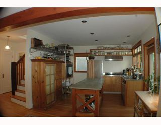 Photo 3: 3929 W 22ND Avenue in Vancouver: Dunbar House for sale (Vancouver West)  : MLS®# V778577
