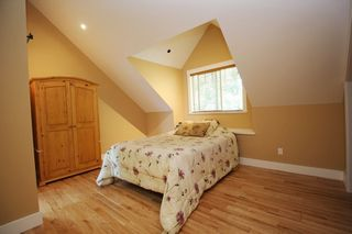 """Photo 9: 20694 39 Avenue in Langley: Brookswood Langley House for sale in """"Brookswood"""" : MLS®# R2397565"""