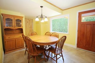 """Photo 5: 20694 39 Avenue in Langley: Brookswood Langley House for sale in """"Brookswood"""" : MLS®# R2397565"""