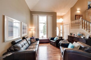 Photo 4: 1117 116 Street in Edmonton: Zone 16 House for sale : MLS®# E4188387