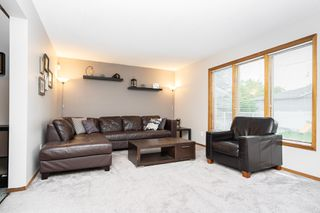 Photo 10: 15 De Caigny Cove in Winnipeg: Island Lakes House for sale (2J)  : MLS®# 1914307