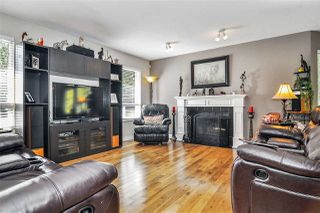 "Photo 3: 19613 46 Avenue in Langley: Langley City House for sale in ""Mason Heights"" : MLS®# R2447884"