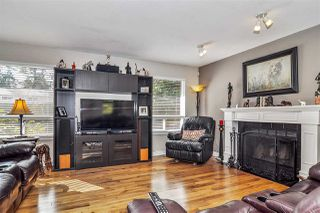 "Photo 2: 19613 46 Avenue in Langley: Langley City House for sale in ""Mason Heights"" : MLS®# R2447884"