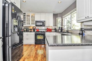 "Photo 5: 19613 46 Avenue in Langley: Langley City House for sale in ""Mason Heights"" : MLS®# R2447884"