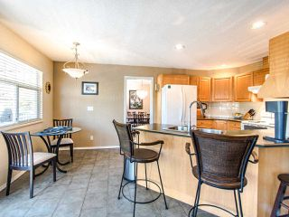 """Photo 8: 178 20391 96 Avenue in Langley: Walnut Grove Townhouse for sale in """"CHELSEA GREEN"""" : MLS®# R2455217"""