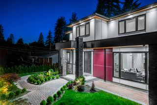 Photo 2: 526 W 23RD Street in North Vancouver: Central Lonsdale House for sale : MLS®# R2469882
