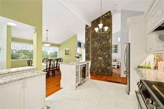 Photo 10: 948 Kentwood Terr in Saanich: SE Broadmead House for sale (Saanich East)  : MLS®# 844332