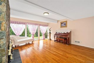 Photo 35: 948 Kentwood Terr in Saanich: SE Broadmead House for sale (Saanich East)  : MLS®# 844332