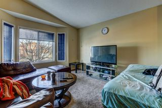 Photo 2: 9 Martin Crossing Link NE in Calgary: Martindale Detached for sale : MLS®# A1054846