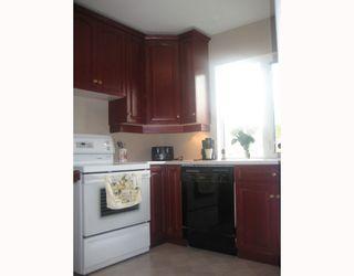 Photo 4: 1084 SPRUCE Street in WINNIPEG: West End / Wolseley Residential for sale (West Winnipeg)  : MLS®# 2917300