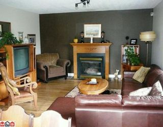 Photo 2: 26915 ALDER Drive in Langley: Aldergrove Langley House for sale : MLS®# F1004812