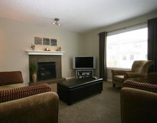 Photo 4: 442 LUXSTONE Green SW in : Airdrie Residential Detached Single Family for sale : MLS®# C3413894