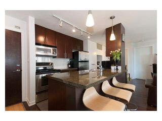 "Photo 3: 501 618 ABBOTT Street in Vancouver: Downtown VW Condo for sale in ""FIRENZE 3"" (Vancouver West)  : MLS®# V829777"