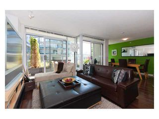 "Photo 2: 501 618 ABBOTT Street in Vancouver: Downtown VW Condo for sale in ""FIRENZE 3"" (Vancouver West)  : MLS®# V829777"