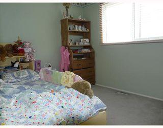 Photo 8: 7 ERIN PARK Bay SE in CALGARY: Erinwoods Residential Detached Single Family for sale (Calgary)  : MLS®# C3346251
