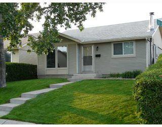 Photo 6: 7 ERIN PARK Bay SE in CALGARY: Erinwoods Residential Detached Single Family for sale (Calgary)  : MLS®# C3346251