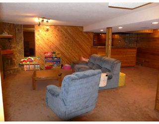 Photo 3: 7 ERIN PARK Bay SE in CALGARY: Erinwoods Residential Detached Single Family for sale (Calgary)  : MLS®# C3346251