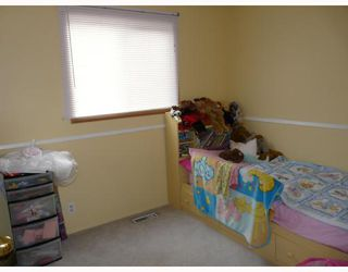 Photo 10: 7 ERIN PARK Bay SE in CALGARY: Erinwoods Residential Detached Single Family for sale (Calgary)  : MLS®# C3346251