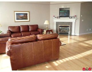 Photo 5: 31804 THORNHILL Place in Abbotsford: Abbotsford West House for sale : MLS®# F2900639