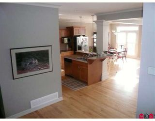 Photo 6: 31804 THORNHILL Place in Abbotsford: Abbotsford West House for sale : MLS®# F2900639