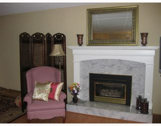 """Photo 3: 9591 SHELL Road in Richmond: McNair House for sale in """"SHELLMONT"""" : MLS®# V761204"""