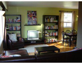 Photo 2: 65 DONEGAL Bay in WINNIPEG: East Kildonan Residential for sale (North East Winnipeg)  : MLS®# 2912345