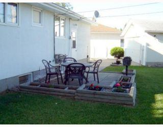 Photo 10: 65 DONEGAL Bay in WINNIPEG: East Kildonan Residential for sale (North East Winnipeg)  : MLS®# 2912345
