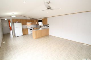 Photo 3: 708 Harder Court in Martensville: Residential for sale : MLS®# SK785935