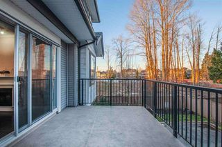 Photo 4: 13 7156 144 Street in Surrey: East Newton Townhouse for sale : MLS®# R2440260