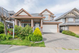 Main Photo: 14625 76 Avenue in Surrey: East Newton House for sale : MLS®# R2461093