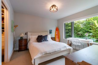 Photo 15: 2491 HAYWOOD Avenue in West Vancouver: Dundarave House for sale : MLS®# R2490387