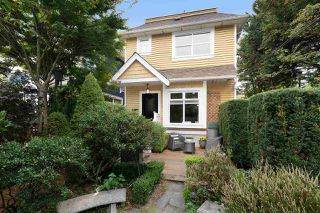 Main Photo: 829 CAMPBELL Avenue in Vancouver: Strathcona House 1/2 Duplex for sale (Vancouver East)  : MLS®# R2499705