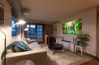 """Photo 2: 404 209 CARNARVON Street in New Westminster: Downtown NW Condo for sale in """"ARGYLE HOUSE"""" : MLS®# R2508347"""